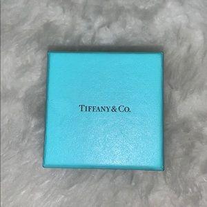 Tiffany & Co. Wave Single-Row Diamond Ring